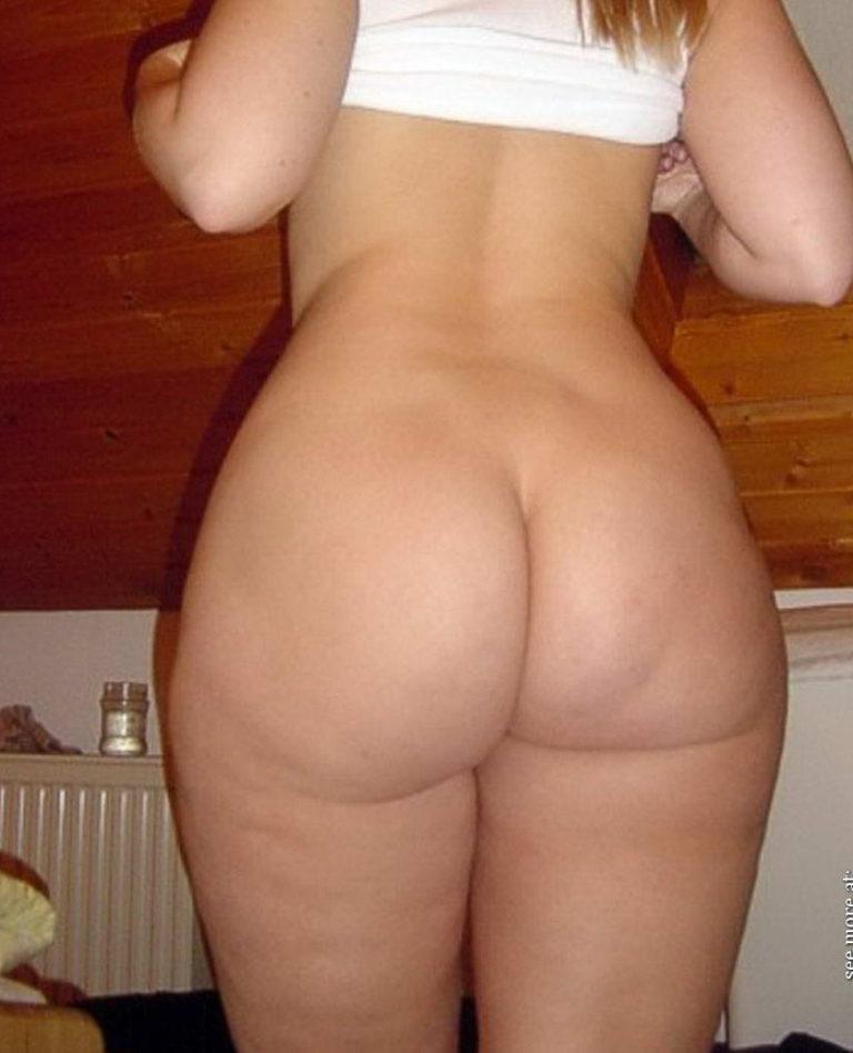 Casual girls nude ass 00322