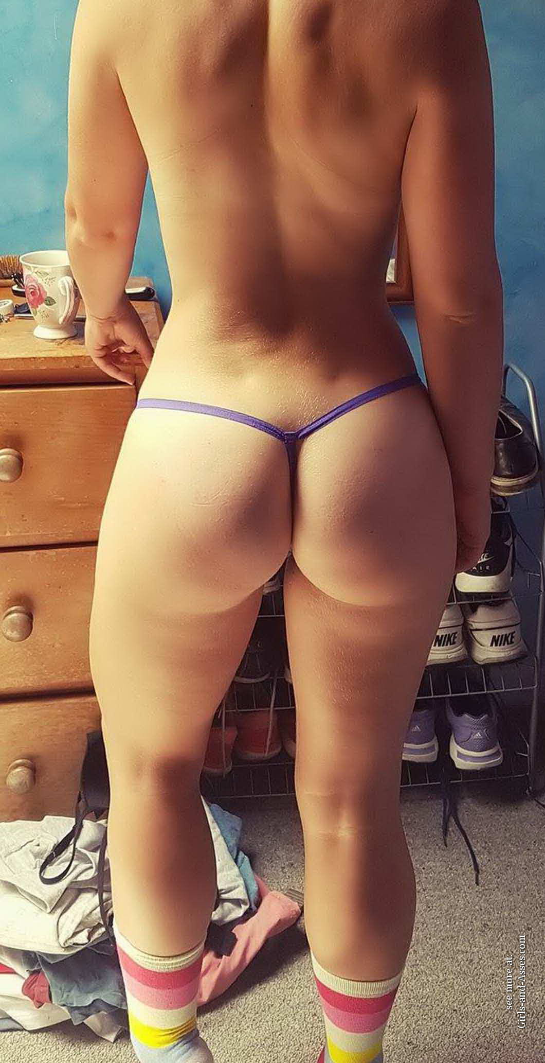 casual girls nude ass 01117