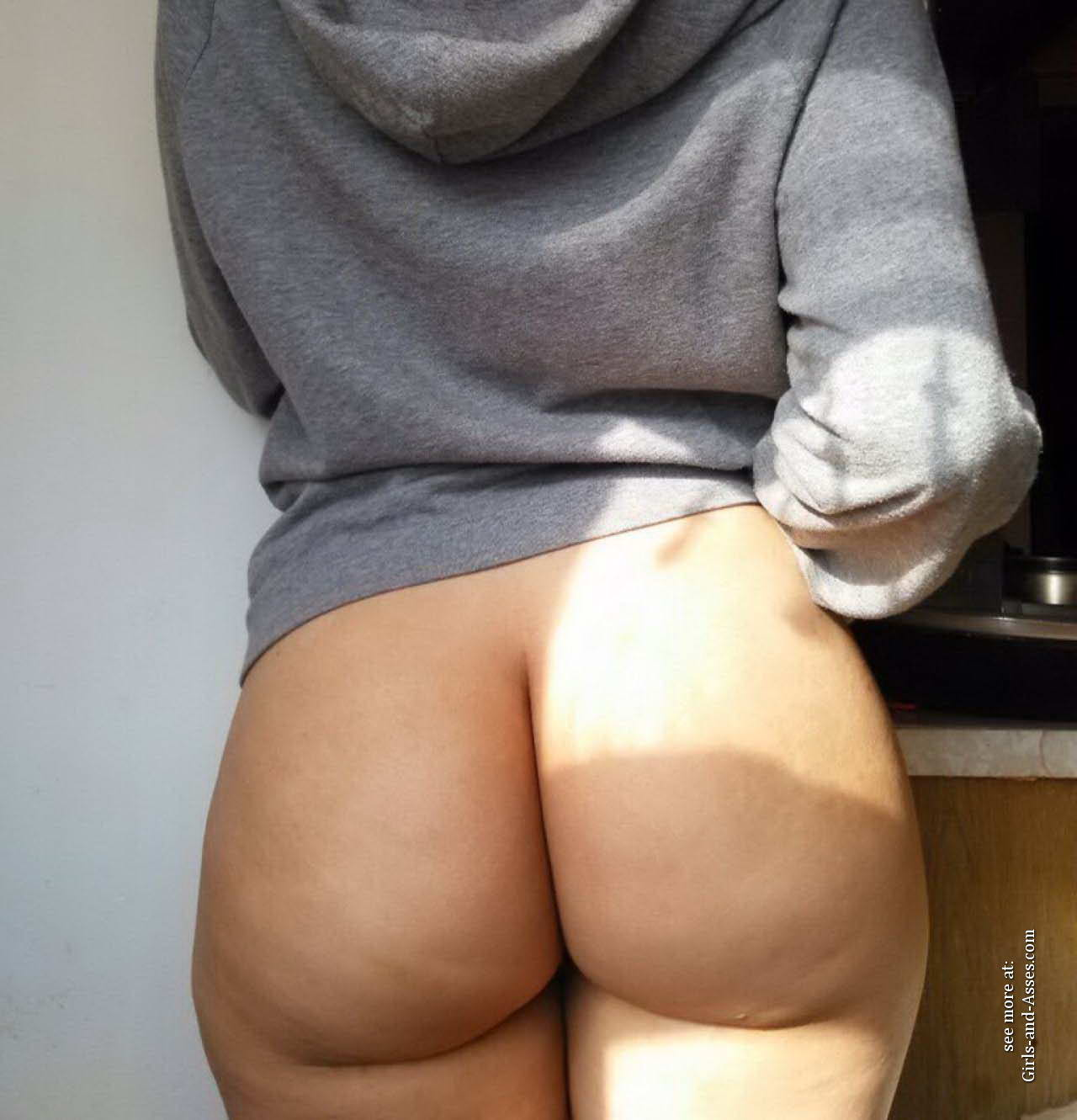 casual girls nude ass 03312
