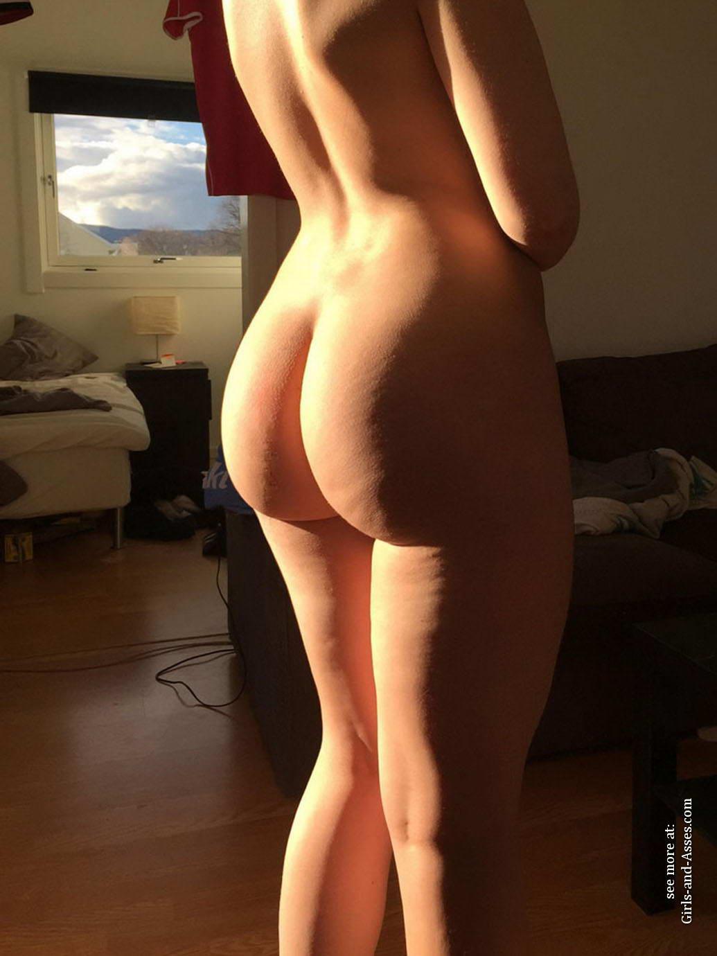 casual girls nude ass 03701