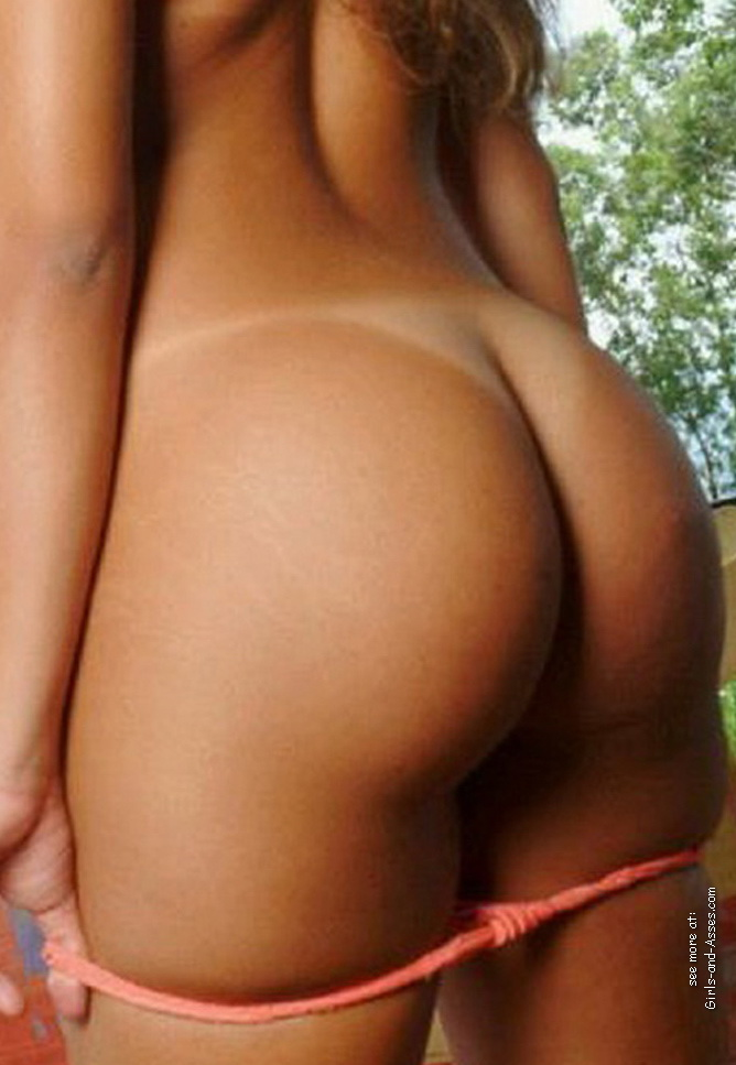 girl with sweet butt 00240