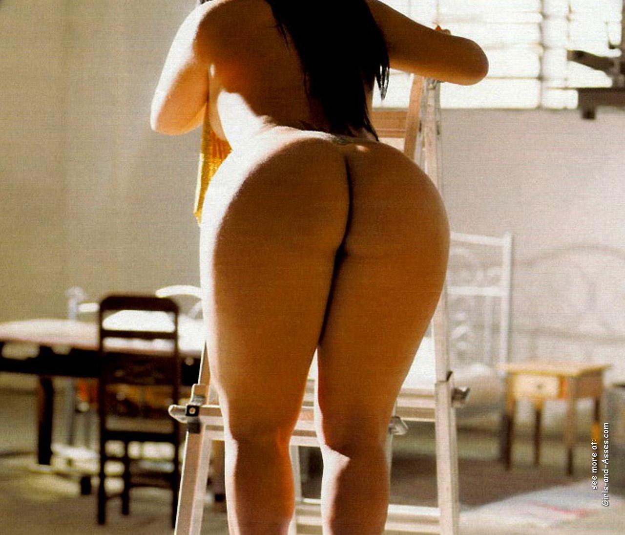 big assed naked brazilian babe photo 02257