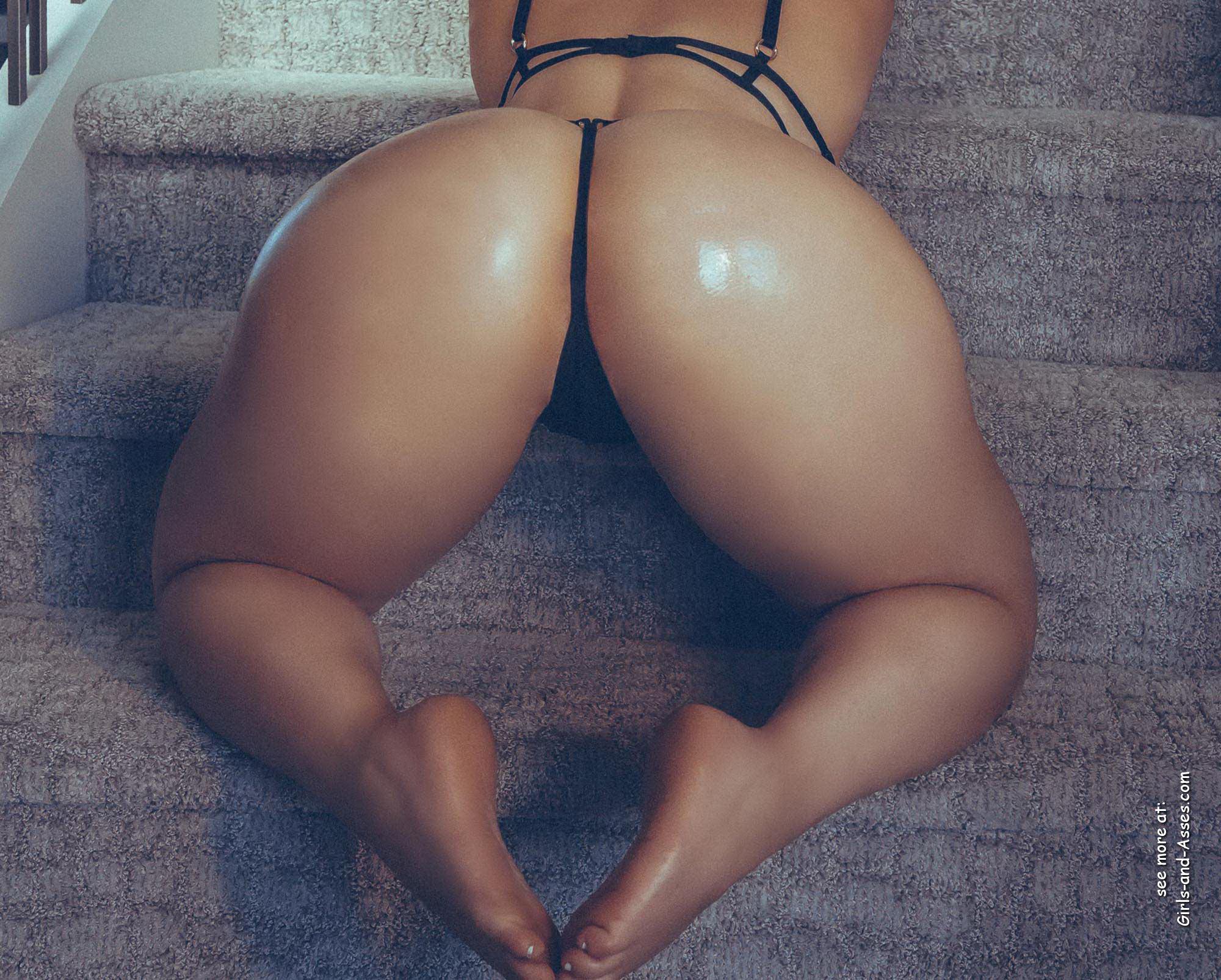 big assed naked brazilian babe photo 03404