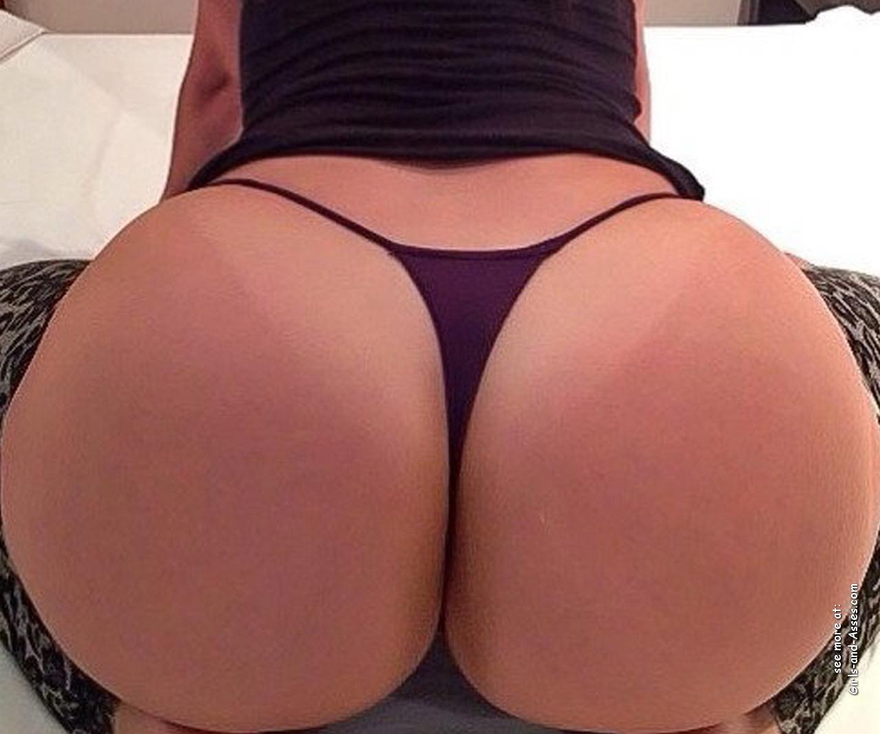 big assed naked brazilian babe photo 03558