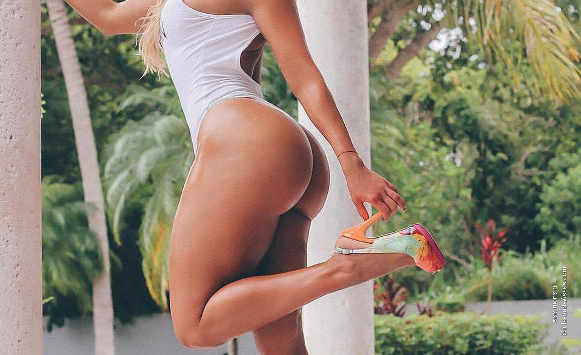big assed naked brazilian babe photo 04400