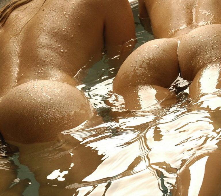 Lesbian hot ass 01429