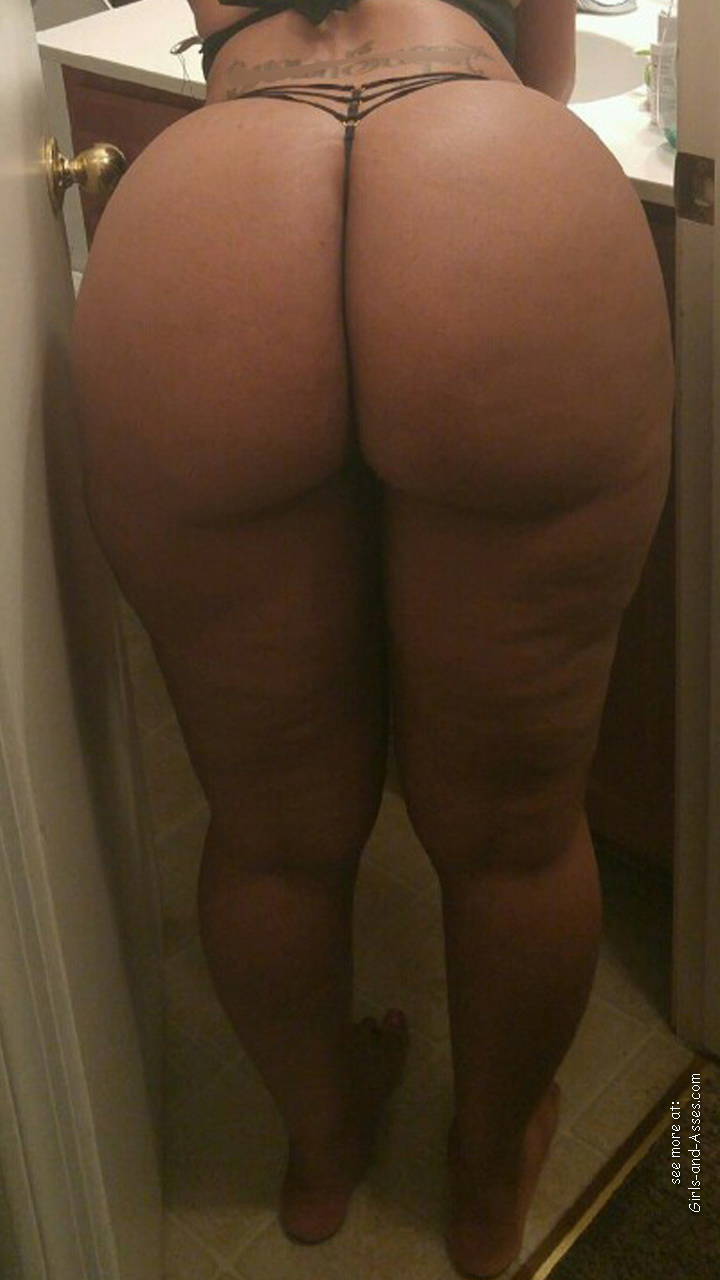 mom big booty milf picture 01133