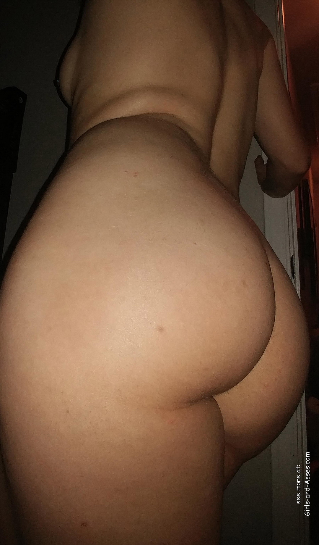 mom big booty milf picture 03129