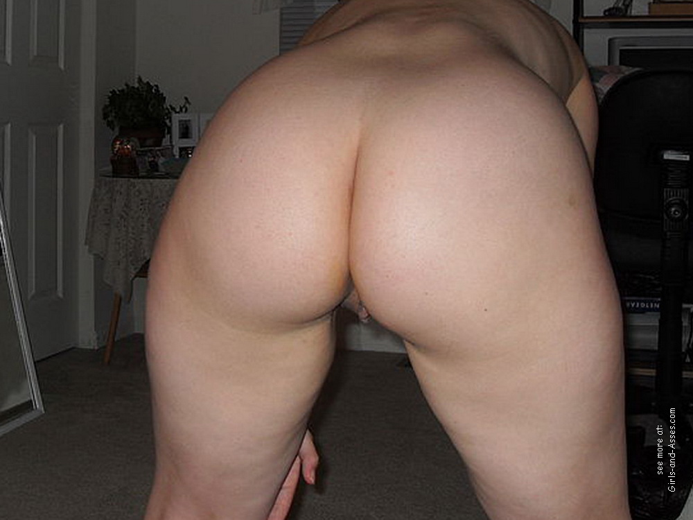 mom big booty milf picture 04626