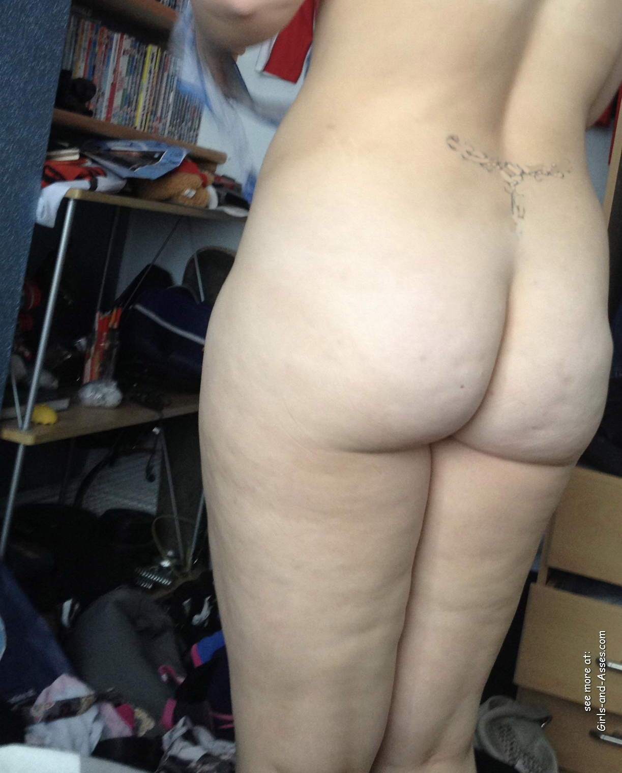 naked milf ass photo 00339