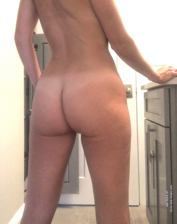 naked milf ass photo 01138