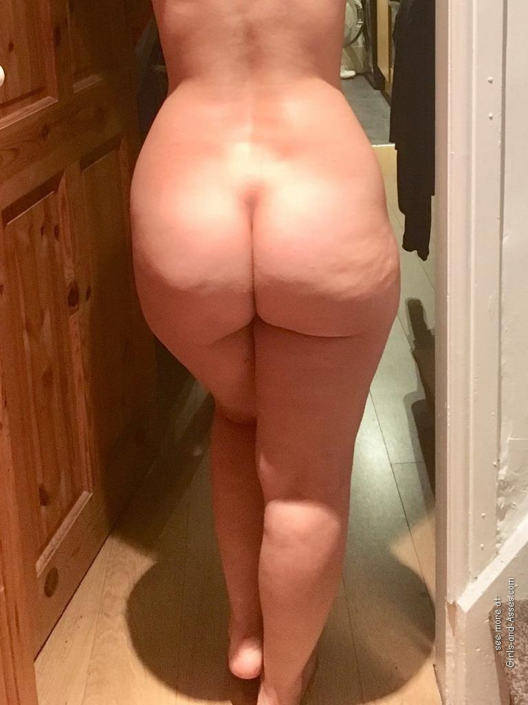 naked milf ass photo 01238