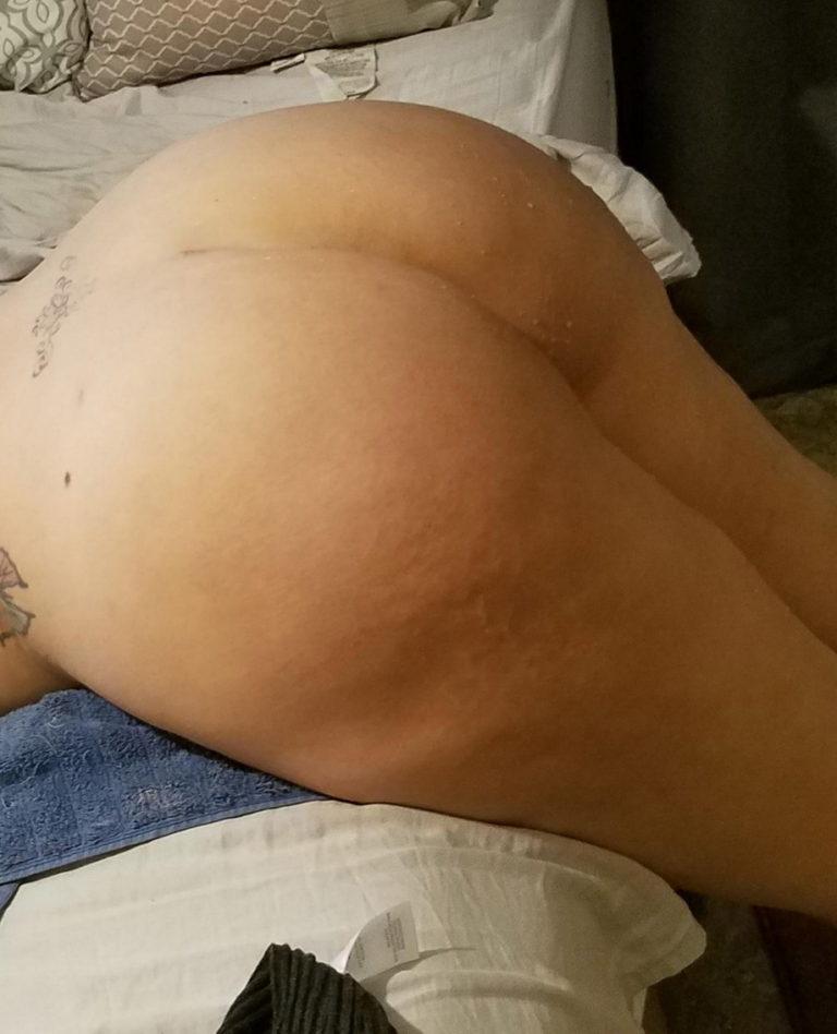 Naked milf ass photo 01338
