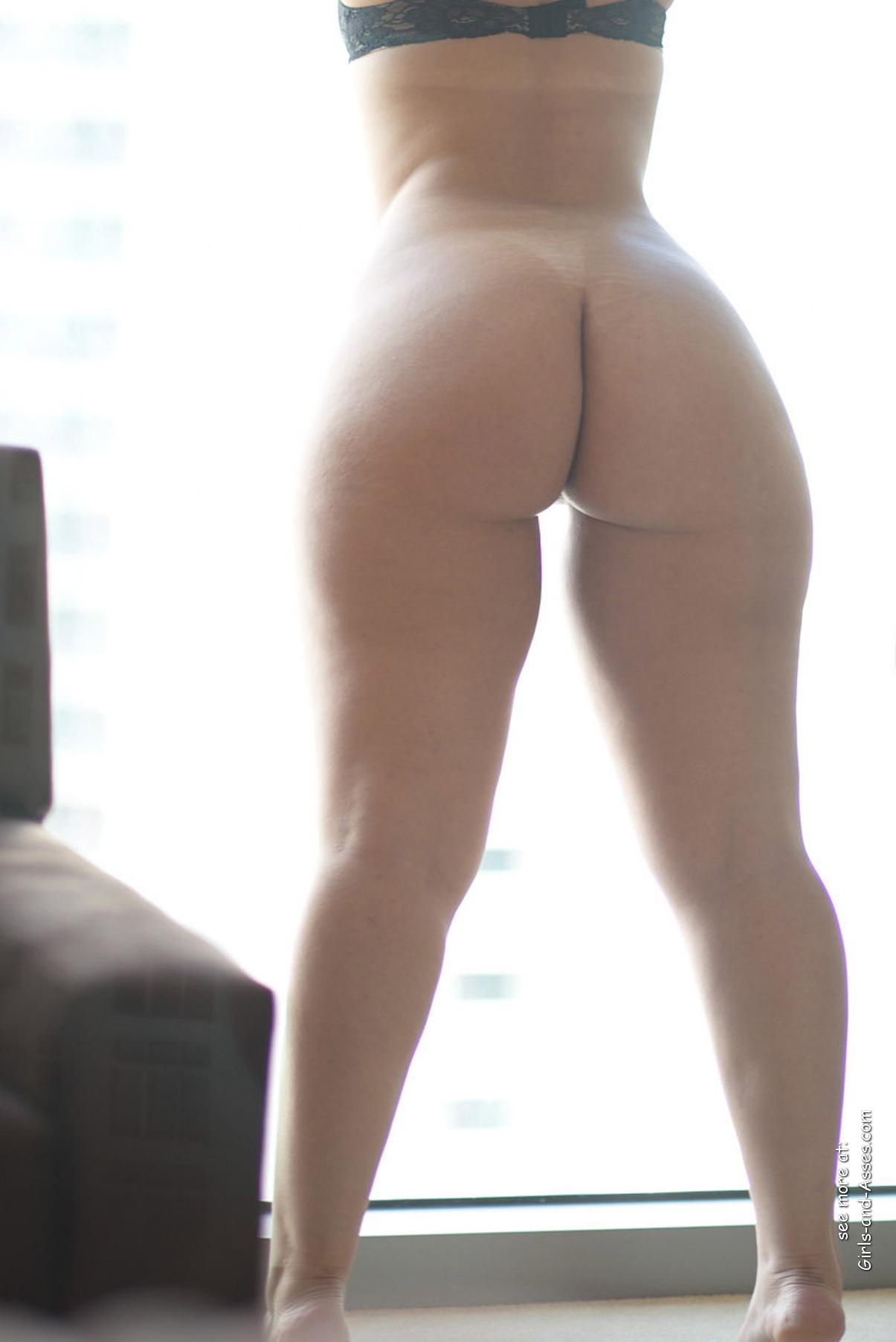 Nude Mom Ass