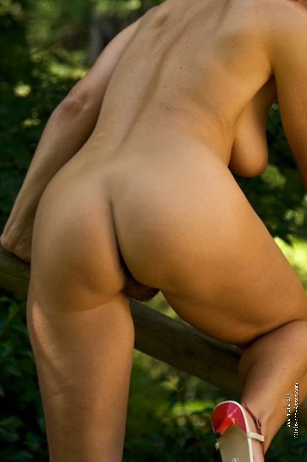 naked mom ass picture 02243