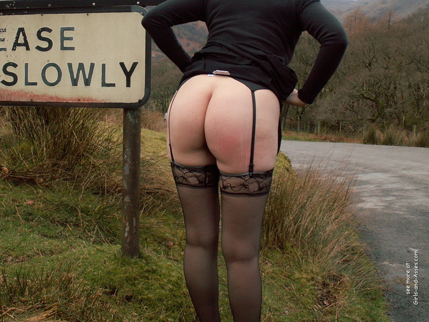 butts in nature naked woman on highway photo 01644