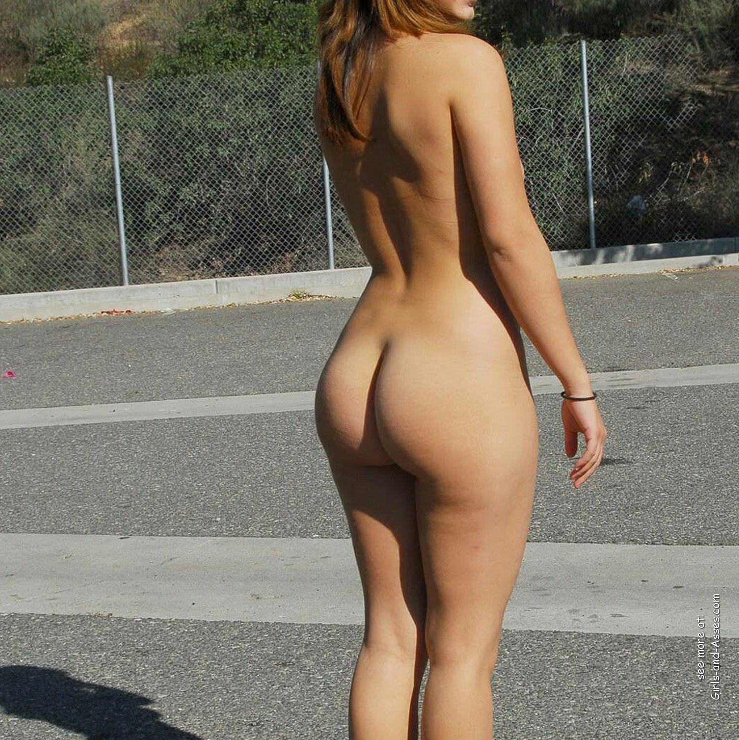 butts in nature naked woman on highway photo 03447