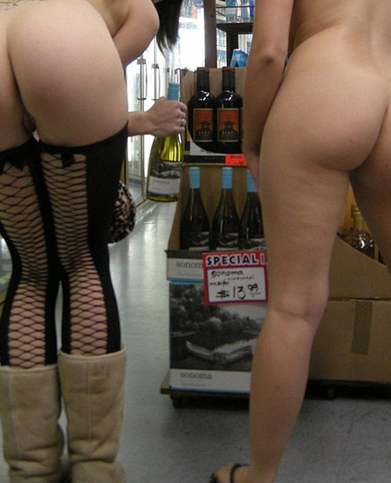 Nude shopping photo girl shows ass in store 03111
