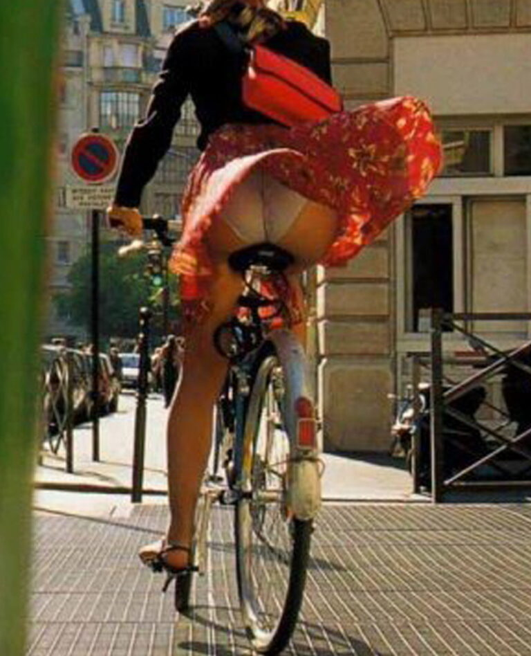 Girl with beautiful ass on bike picture 00540