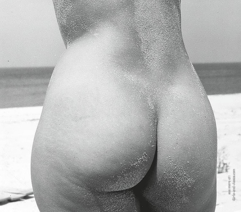 amatuer nude girl at the beach photography 02828
