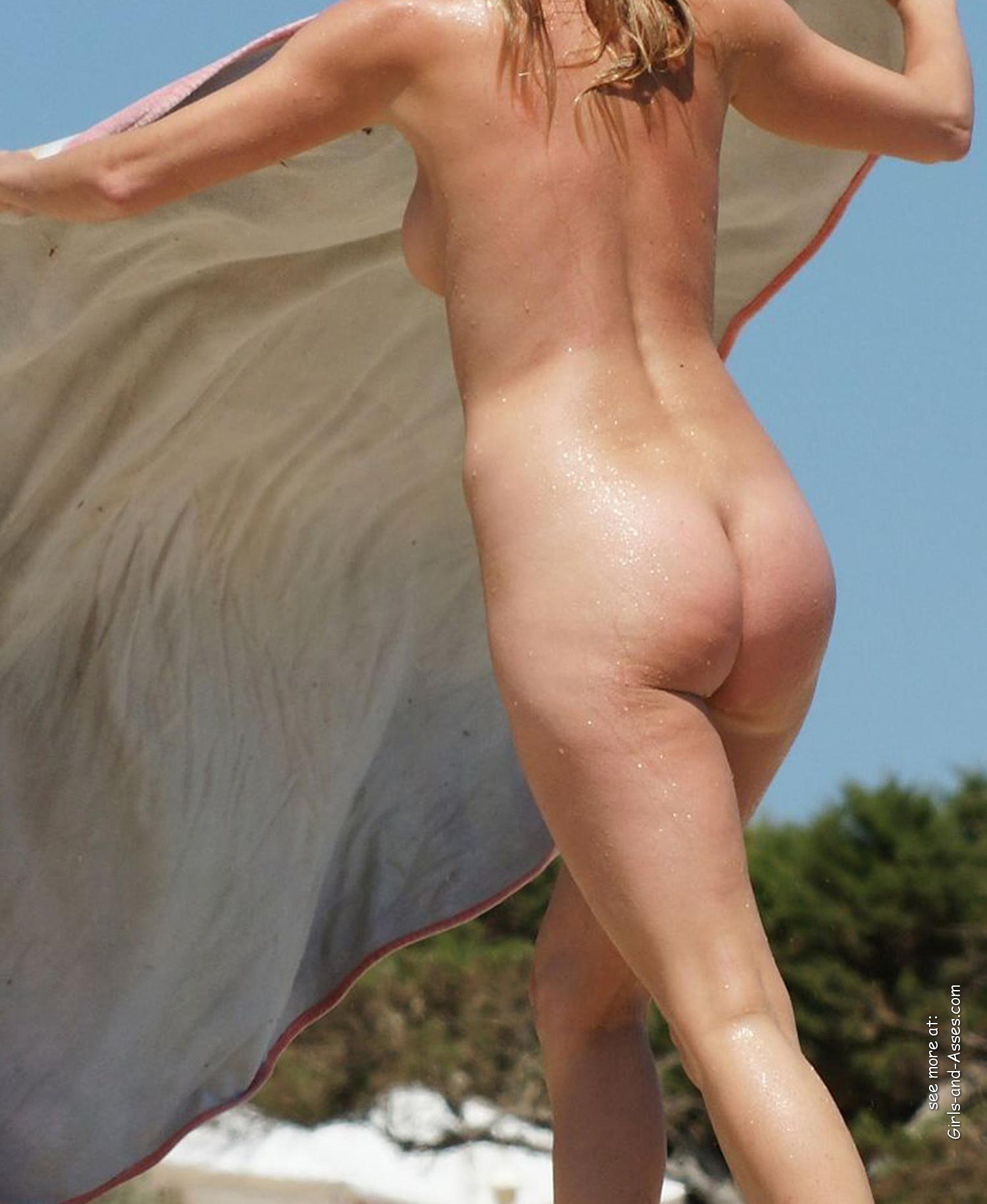 amatuer nude girl at the beach photography 03229