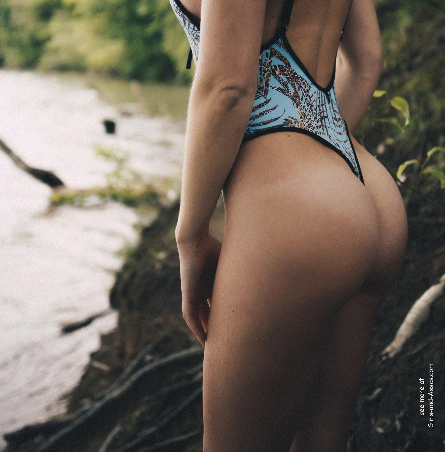 cute girl on the river photo 00747