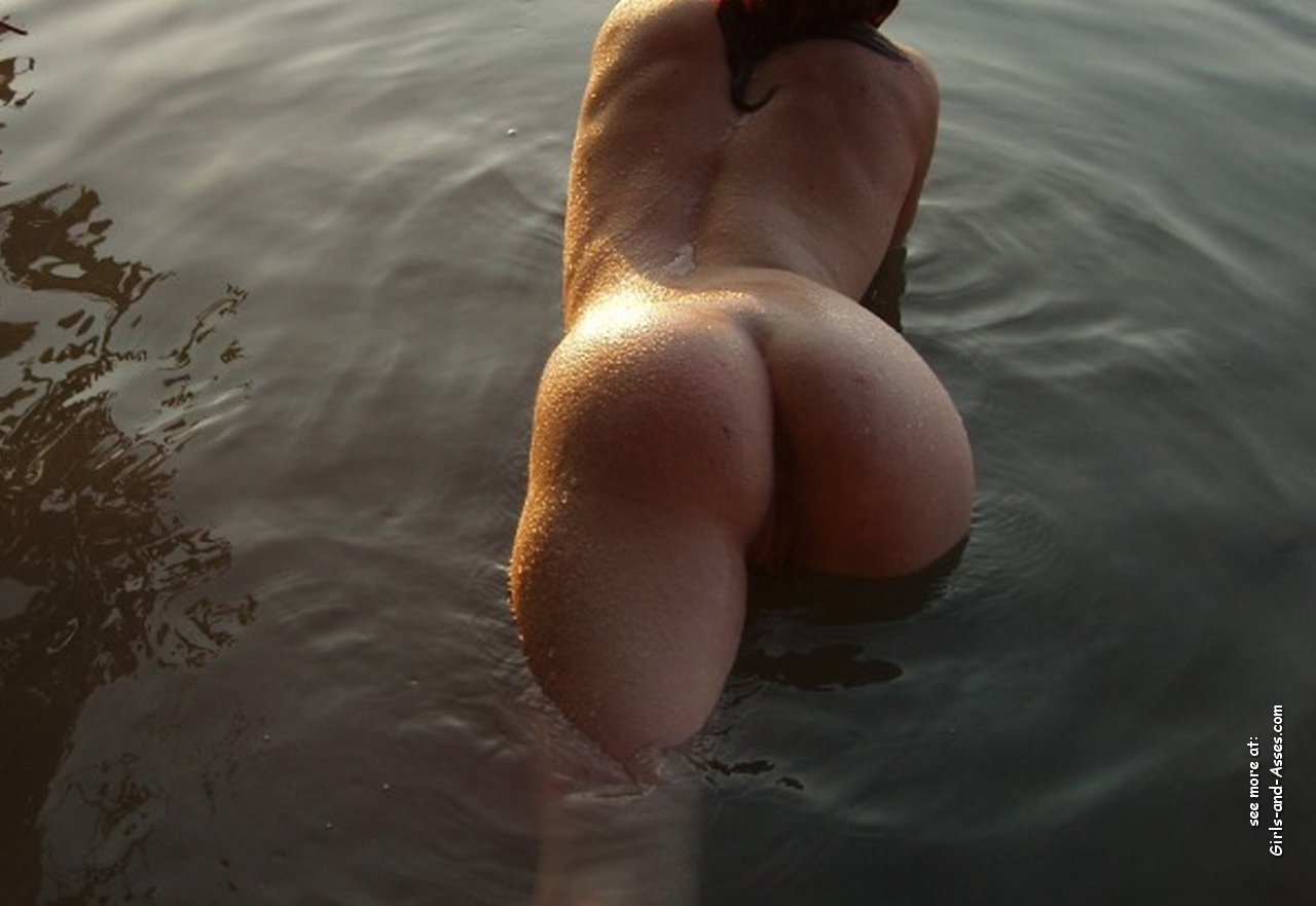 naked girl with big ass in a river picture 01932