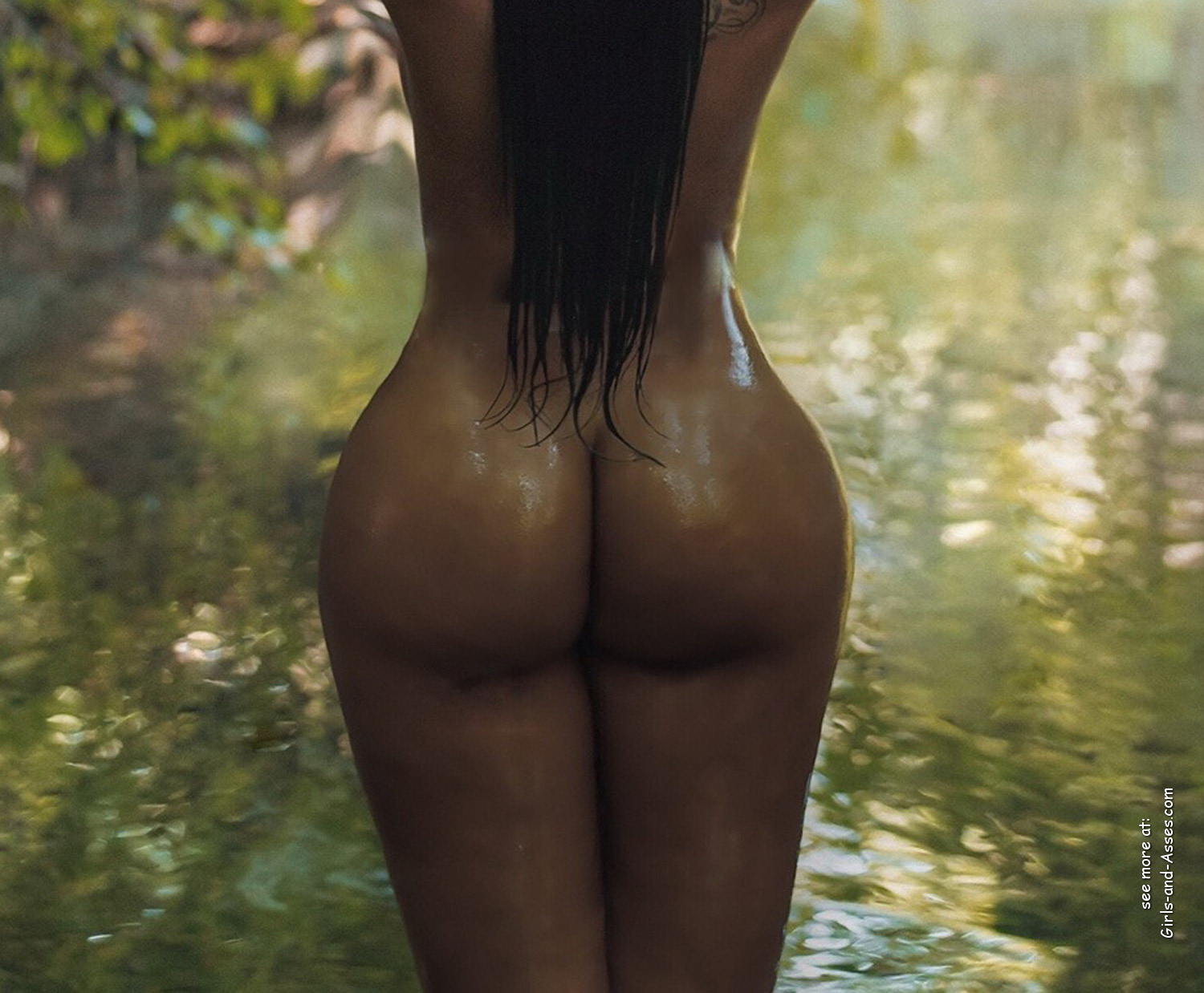 naked girl with big ass in a river picture 04537