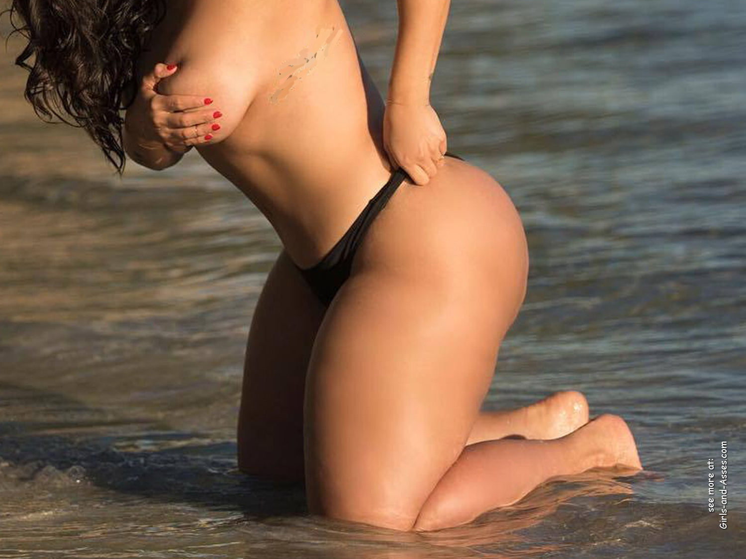 naked girl with big ass in a river picture 05038