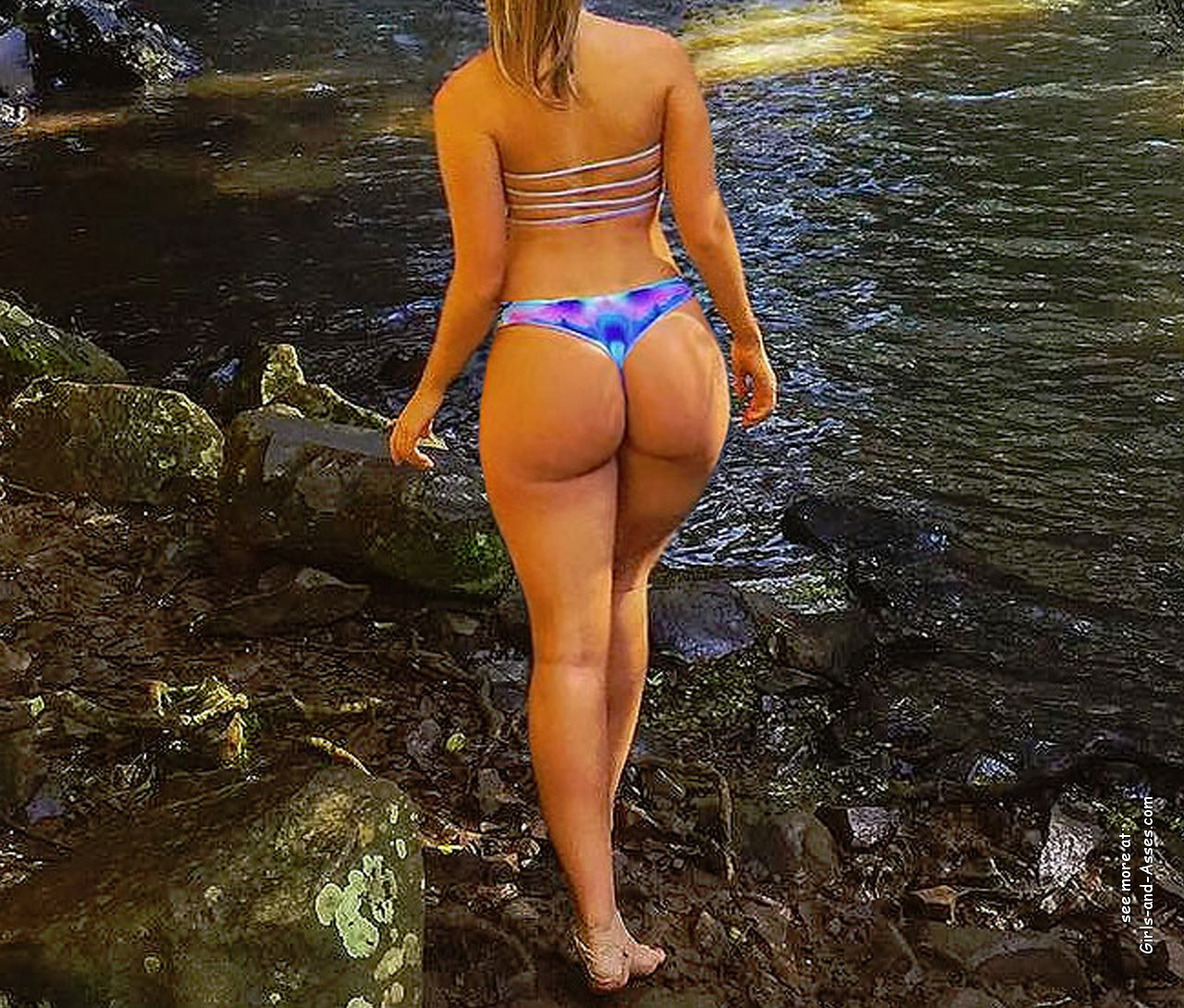 naked girl with big ass in a river picture 05539