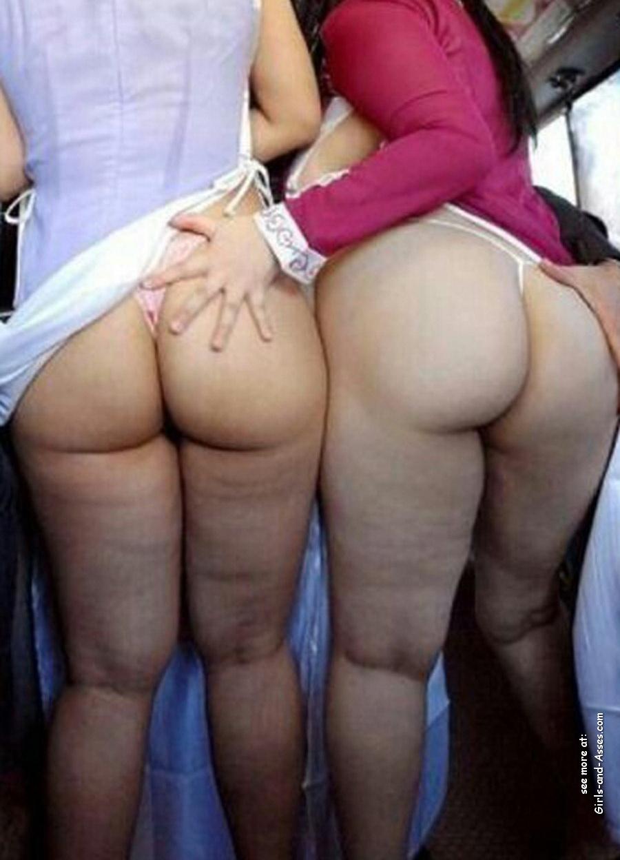 nude female backside in public photo 02538